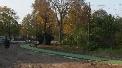 Az Ordass Lajos Park területén napelemes kandeláberek kerültek telepítésre Dunakeszin, melyek a térvilágítást biztosítják.