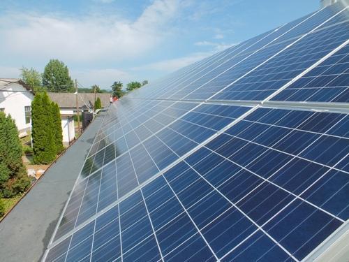 hálózatra visszatöltő naperőmű