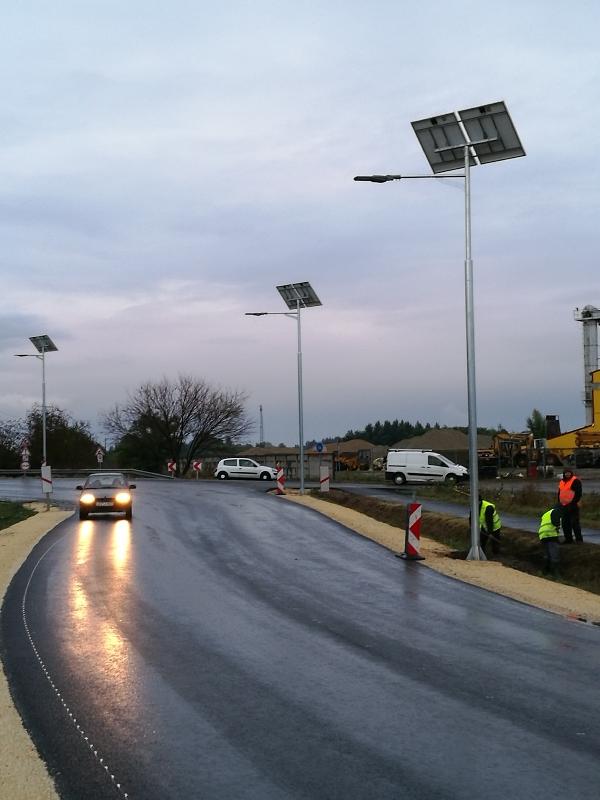 Soltvadkert, napelemes közvilágítás