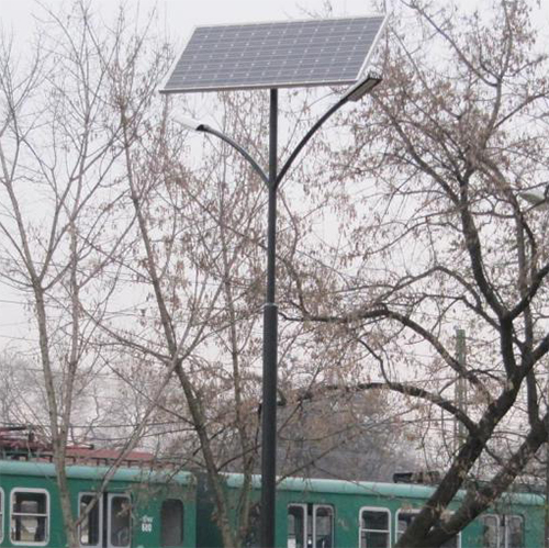 Budapest, Csepel, kutyafuttató napelemes térvilágítása