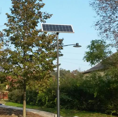 Dunakeszi, Ordass Park, napelemes térvilágítás