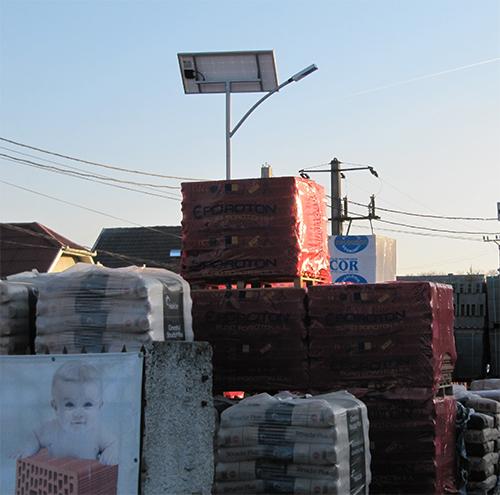 Szatmárnémeti, Románia, tüzép telep, napelemes kandeláber