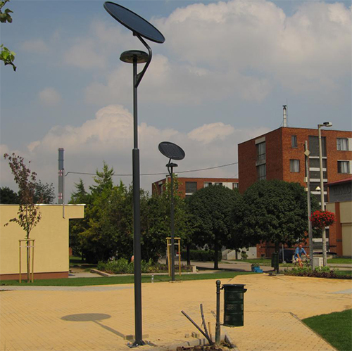 Százhalombatta, napelemes sétányvilágítás