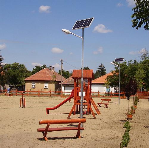 Ágasegyháza, napelemes térvilágítás