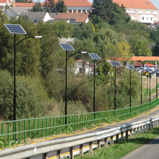 Tamasi, kerékpárút napelemes világítás