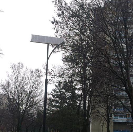 Budapest, Kelenföld, napelemes térvilagitas